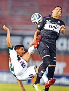 Correa no es la solución que buscaba Olimpia.