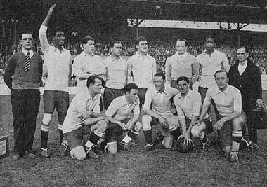 El equipo de Uruguay de 1928. Repetiría casi la misma formación para el Mundial de 1930.