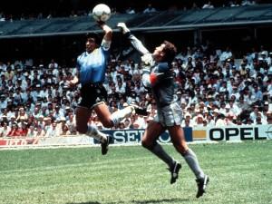 Hasta ahora el gol más discutido en Mundiales.