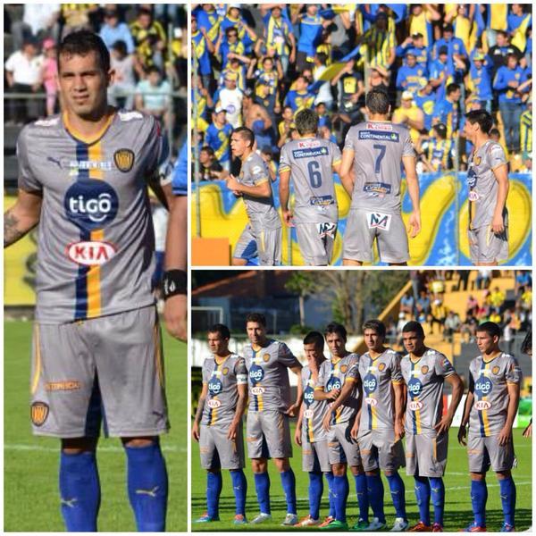 Los uniformes de Luqueño: tan feos como su forma de jugar (@infoluque1921)