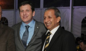 Juan Angel Acosta sonríe por el éxito en los negocios y en el fútbol (D10.com.py)