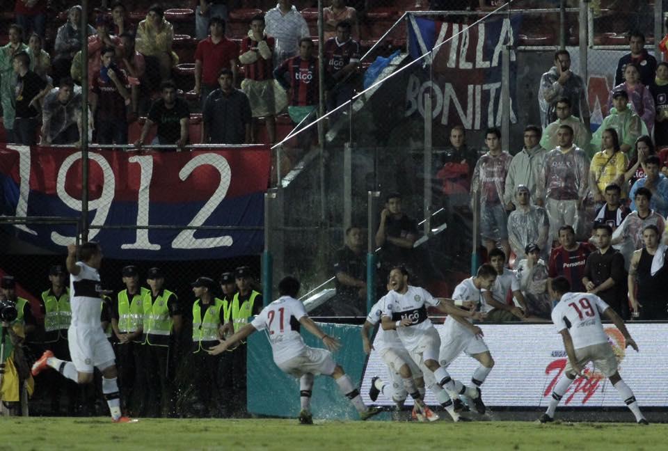 El Zorro gritando el tan ansiado gol del título (APF Oficial)