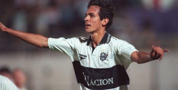 Con 17 años se fue de Olimpia. Volvió después de 17 para seguir acrecentando su leyenda.